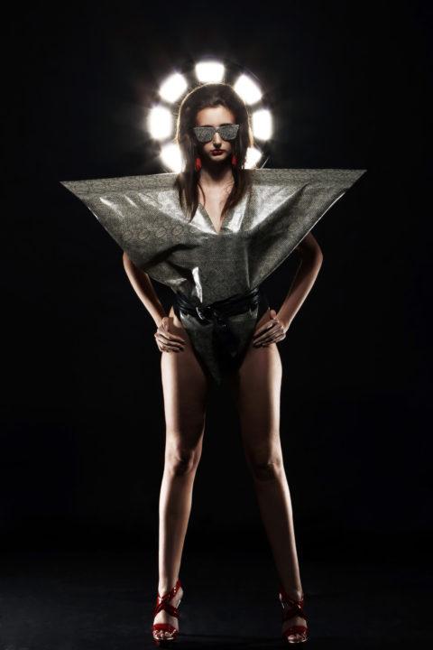 Consejos de moda para cuerpo triangulo invertido